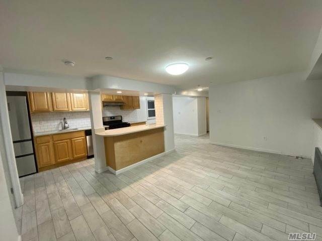 Residential Lease at Beach 109th Street, Rockaway Park, NY 11694 Rockaway Park, New York 11694 United States