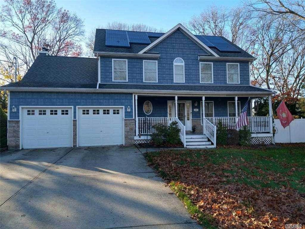 Residential for Sale at Lowell Avenue, Holtsville, NY 11742 Holtsville, New York 11742 United States