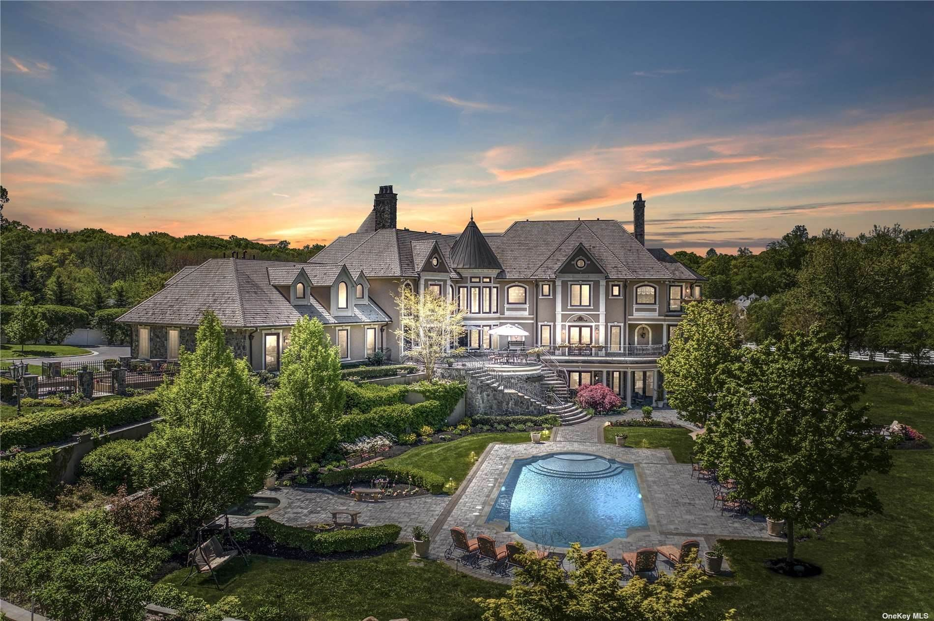 Residential for Sale at Lume Di Luna Mill Neck, New York 11765 United States