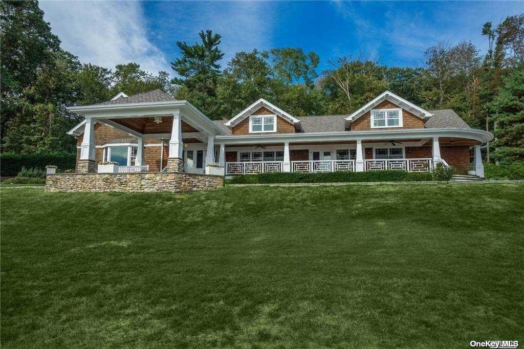 Residential for Sale at 946 W Shore Road Mill Neck, New York 11765 United States