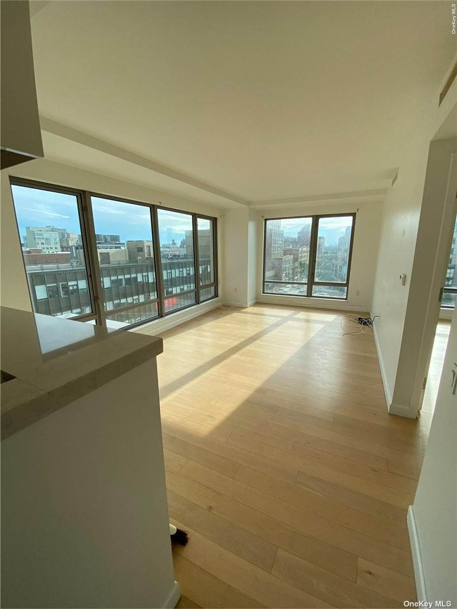 Residential Lease الساعة 138-35 39 Avenue # 5G Flushing, New York 11354 United States