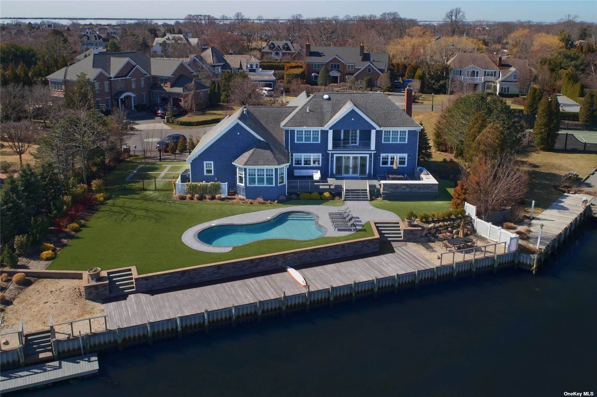 Residential for Sale at 23 True Harbour Way West Islip, New York 11795 United States