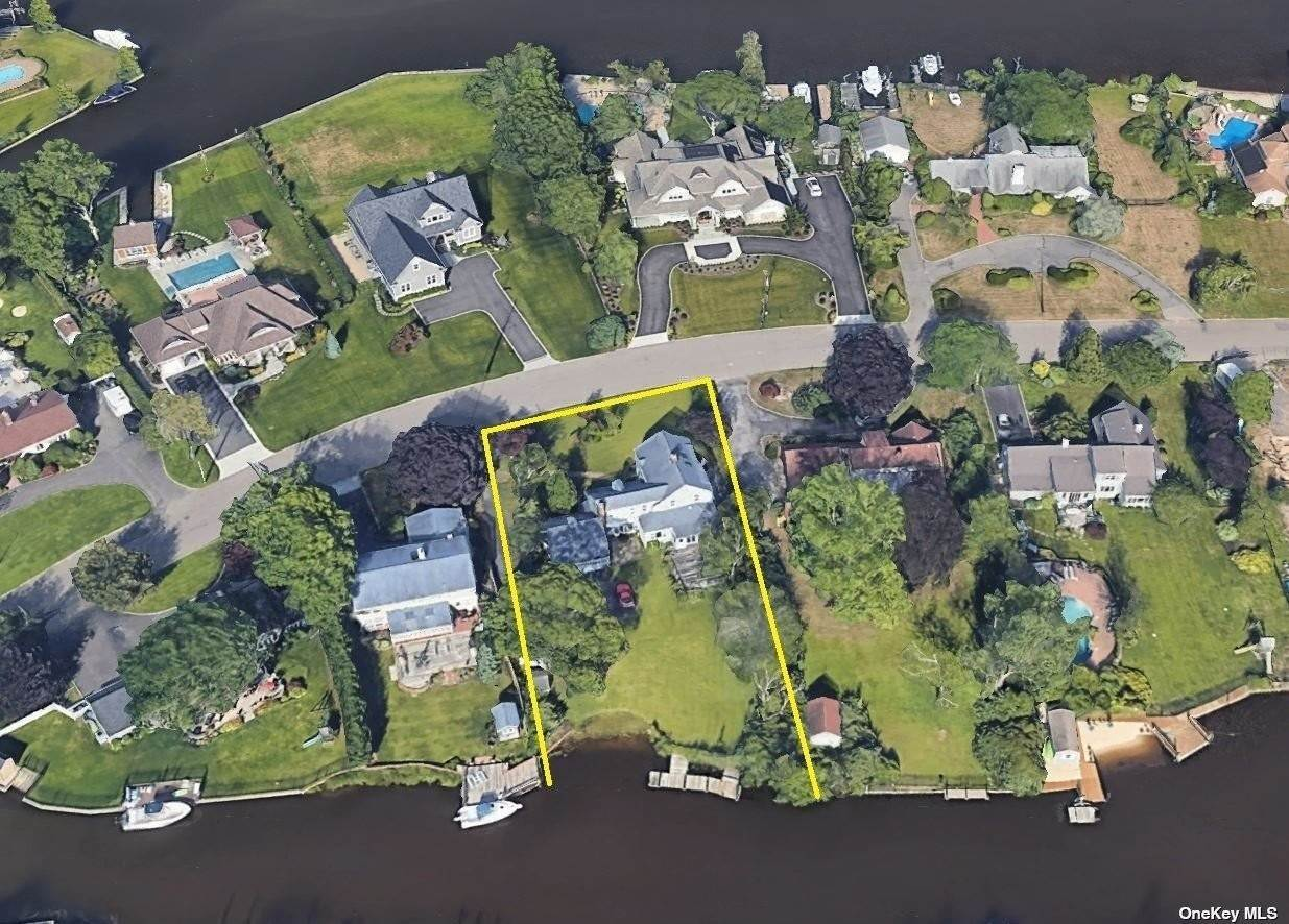 Residential for Sale at 92 Peninsula Drive Babylon, New York 11702 United States