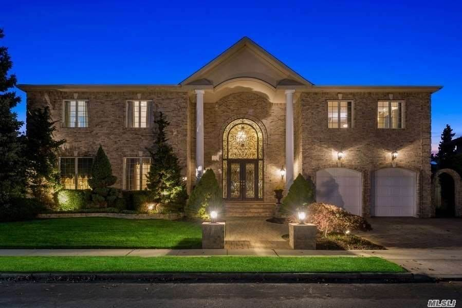 Residential for Sale at 11 Williams Drive Massapequa Park, New York 11762 United States