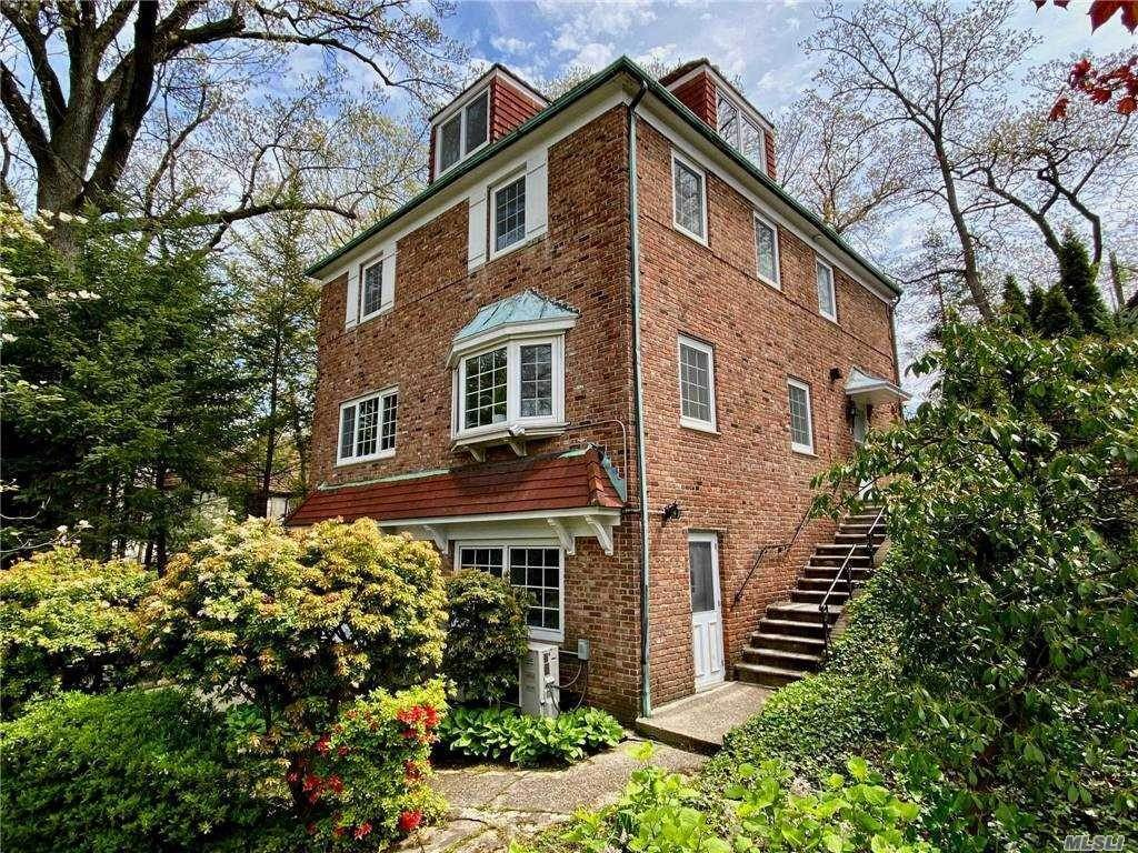 Residential for Sale at 36 Shorthill Road, Queens, NY 11375 Queens, New York 11375 United States