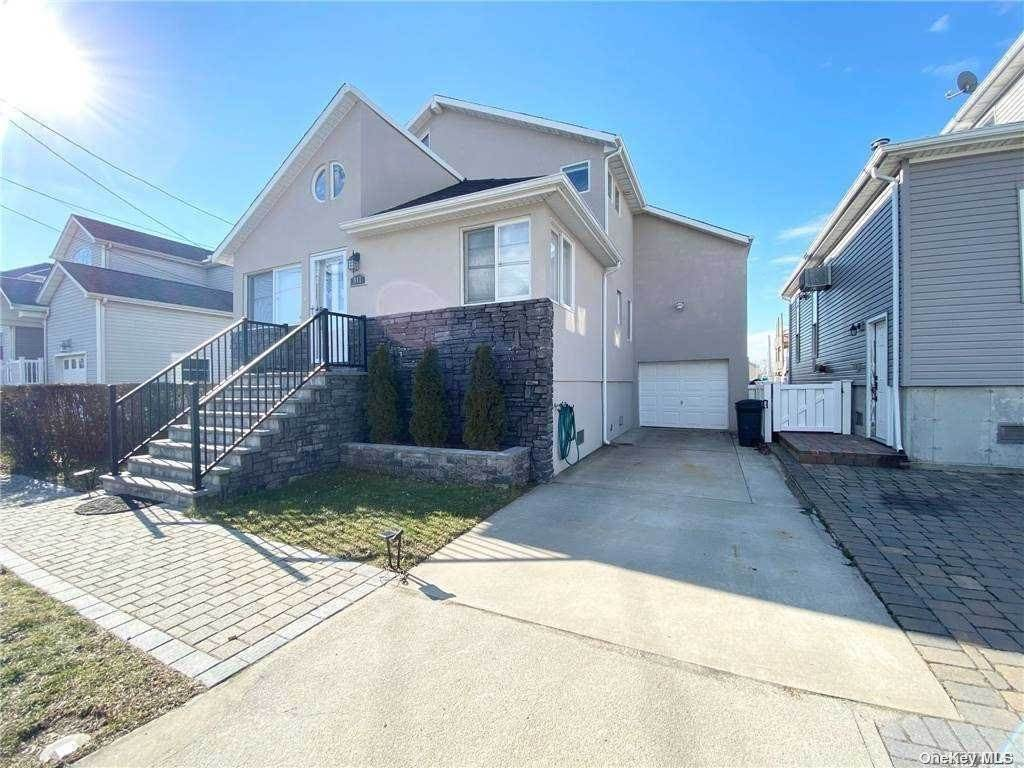 Residential for Sale at 917 S 6th Street Lindenhurst, New York 11757 United States