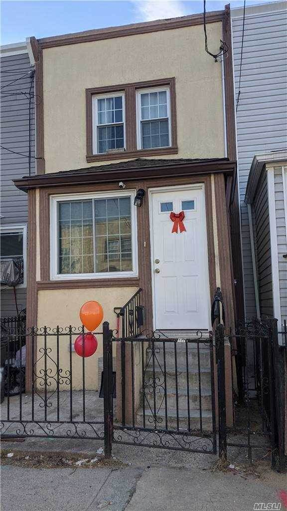 Residential for Sale at 118-30 154, Queens, NY 11434 Queens, New York 11434 United States