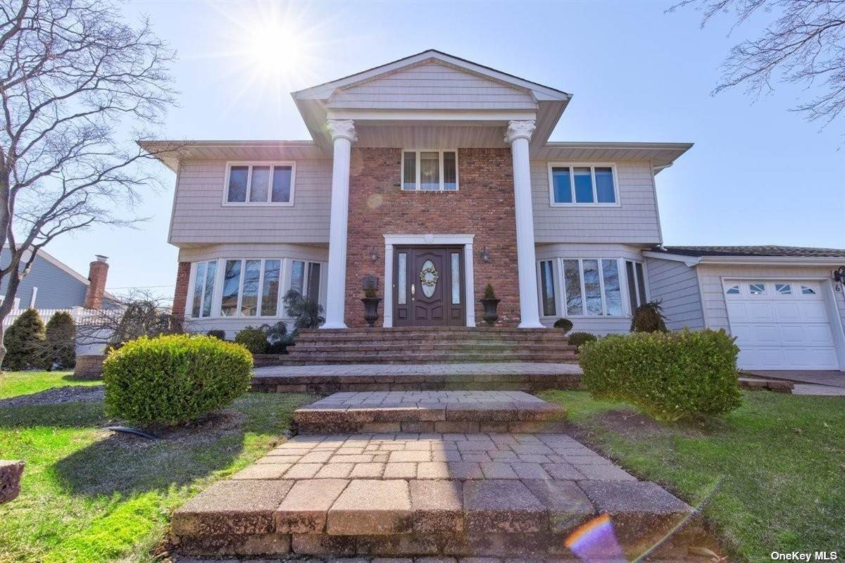 Residential for Sale at 6 Williams Drive Massapequa Park, New York 11762 United States