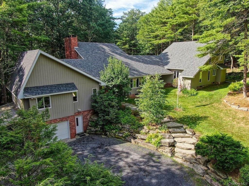Residential for Sale at 255 Hollow Road Glen Spey, New York 12737 United States