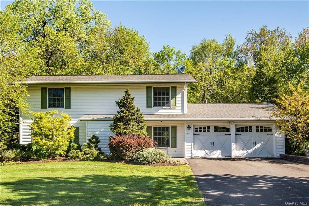 Residential for Sale at 102 Pineview Avenue Bardonia, New York 10954 United States