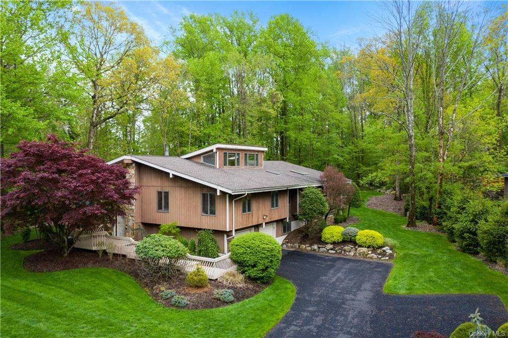 Residential for Sale at 1 Beaver Dam Road Pomona, New York 10970 United States