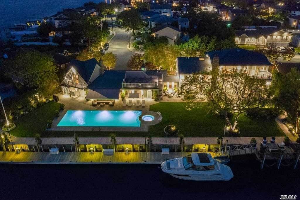 Residential for Sale at 139 Bayside Drive Atlantic Beach, New York 11509 United States