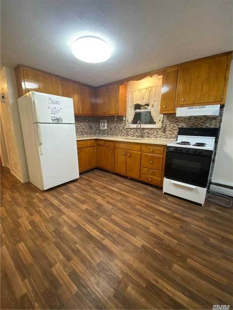 Residential Lease الساعة 126 Averill # 2, Franklin Square, NY 11010 Franklin Square, New York 11010 United States