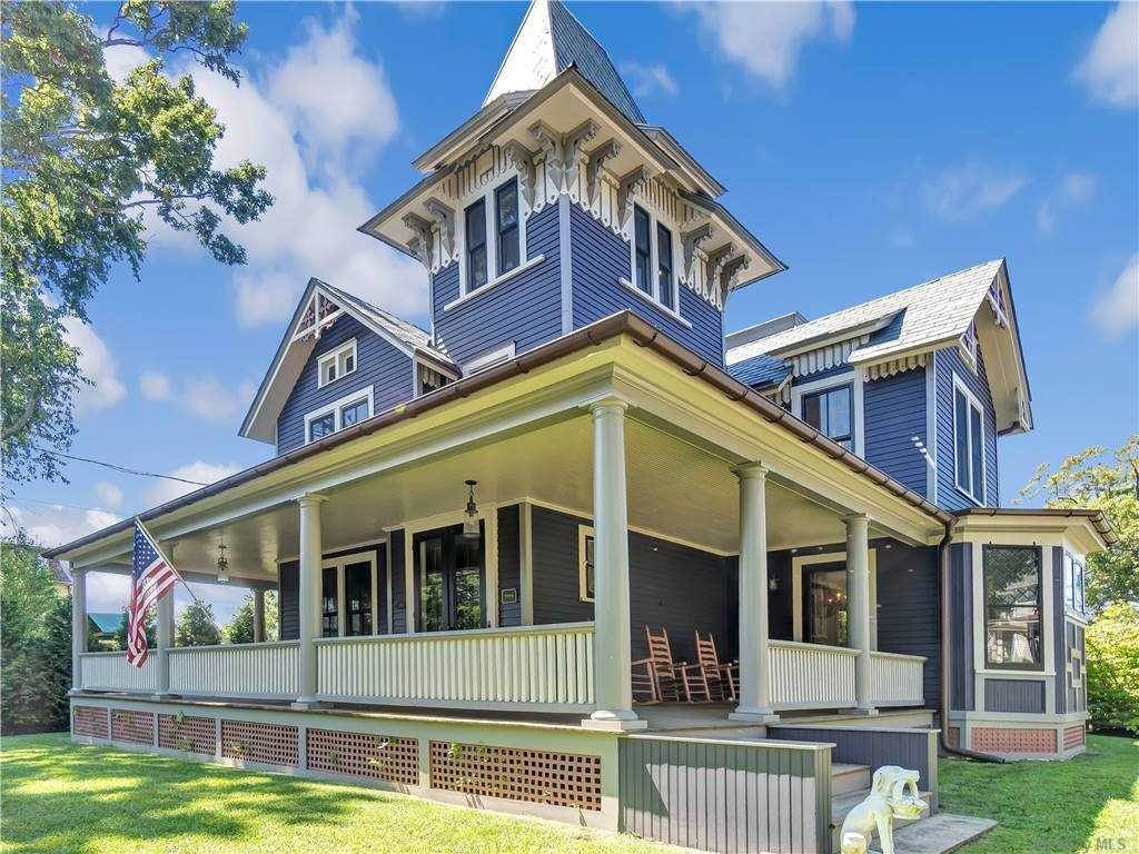 Residential for Sale at 176 Prospect Avenue Sea Cliff, New York 11579 United States
