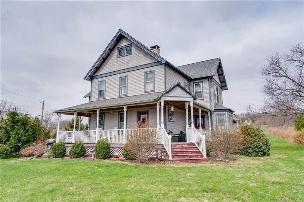 Residential for Sale at 6 Hortons Road Westtown, New York 10998 United States