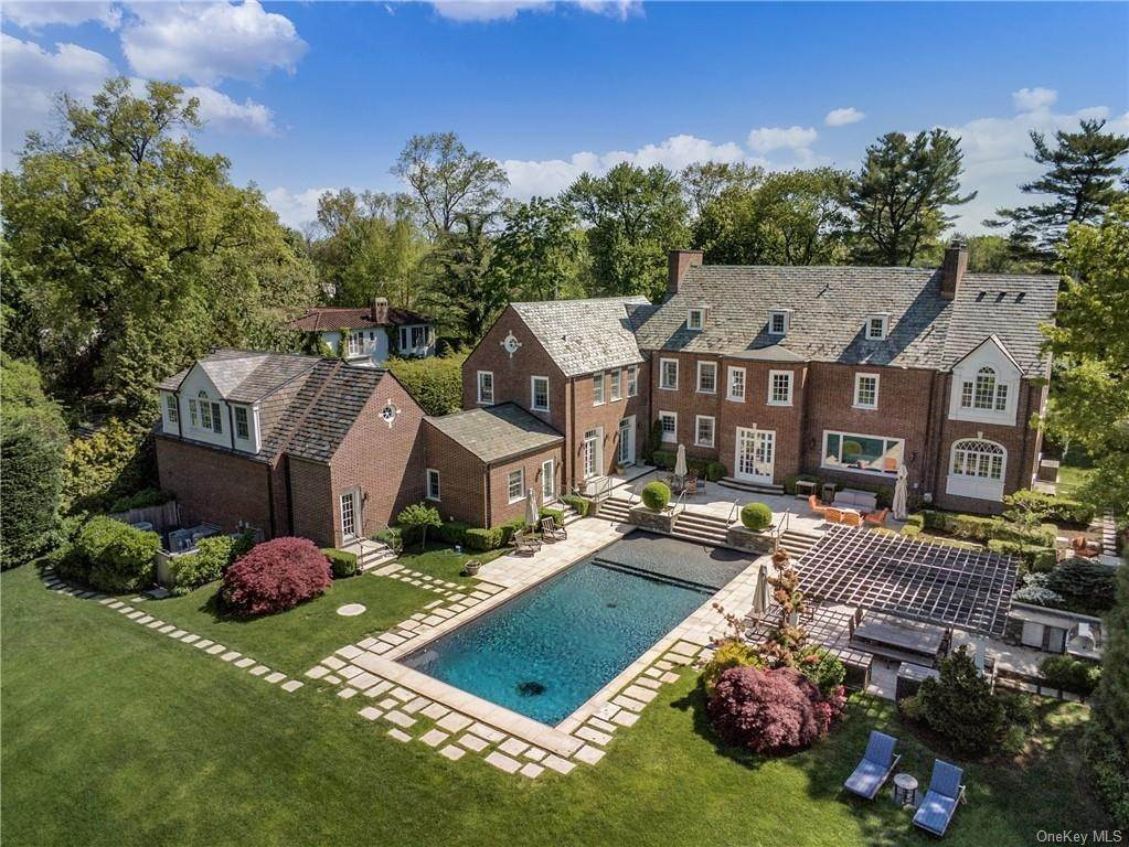 Residential for Sale at 8 Dolma Road Scarsdale, New York 10583 United States