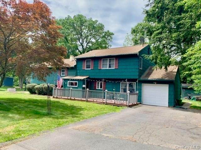 Residential for Sale at 4 Glenside Drive New City, New York 10956 United States