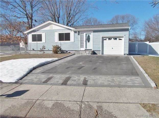 Residential Lease at 34 Riviera Drive, Selden, NY 11784 Selden, New York 11784 United States
