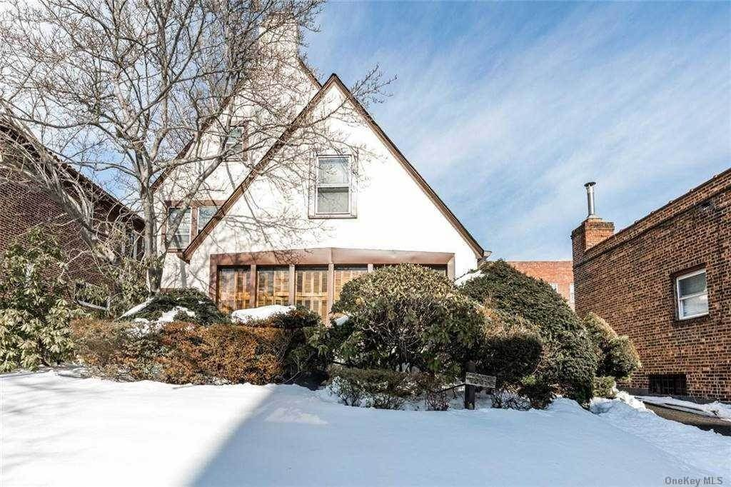 Residential for Sale at 83-25 Beverly Road, Kew Gardens, NY 11415 Kew Gardens, New York 11415 United States