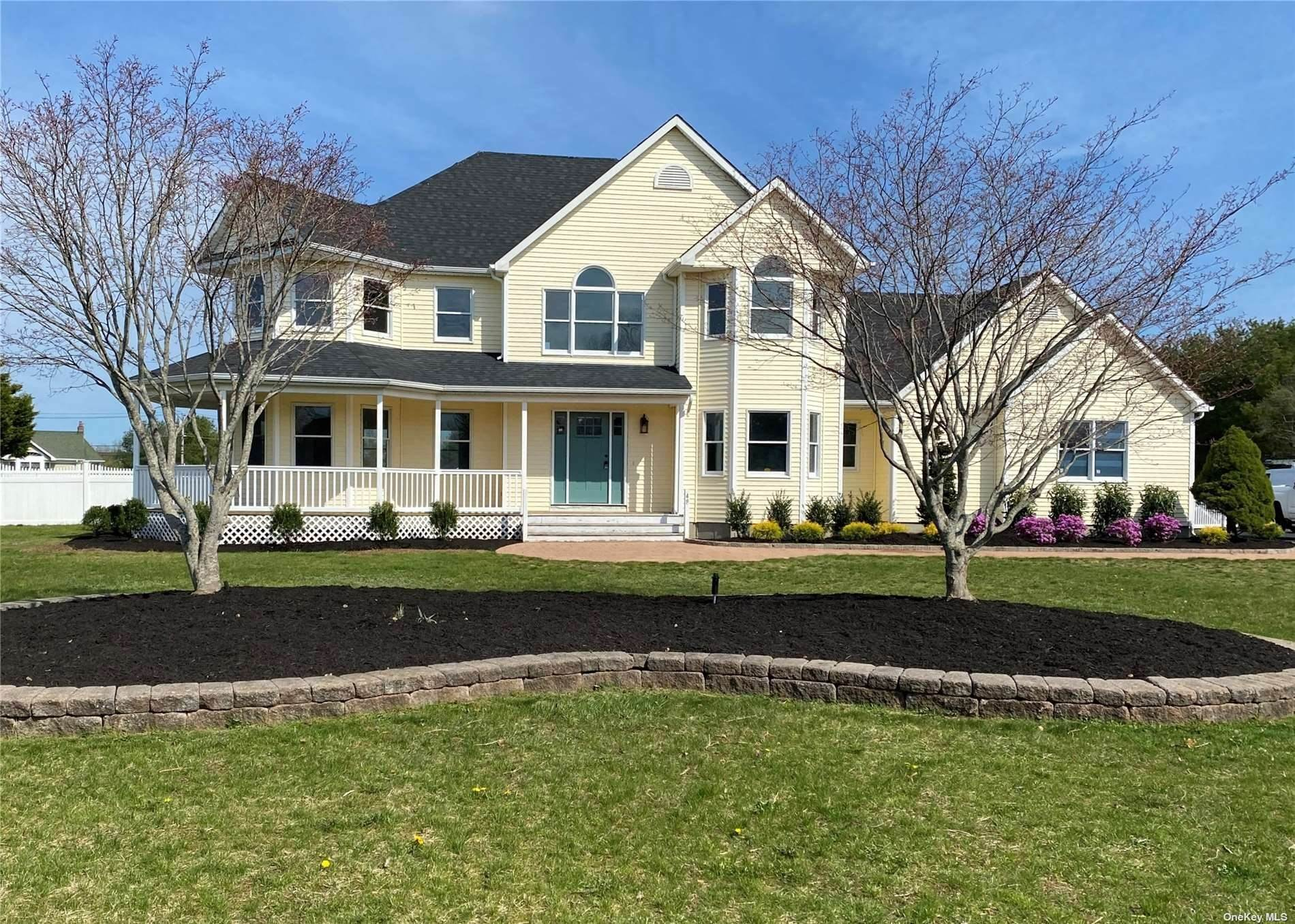 Residential for Sale at 48 Roberts Path Wading River, New York 11792 United States