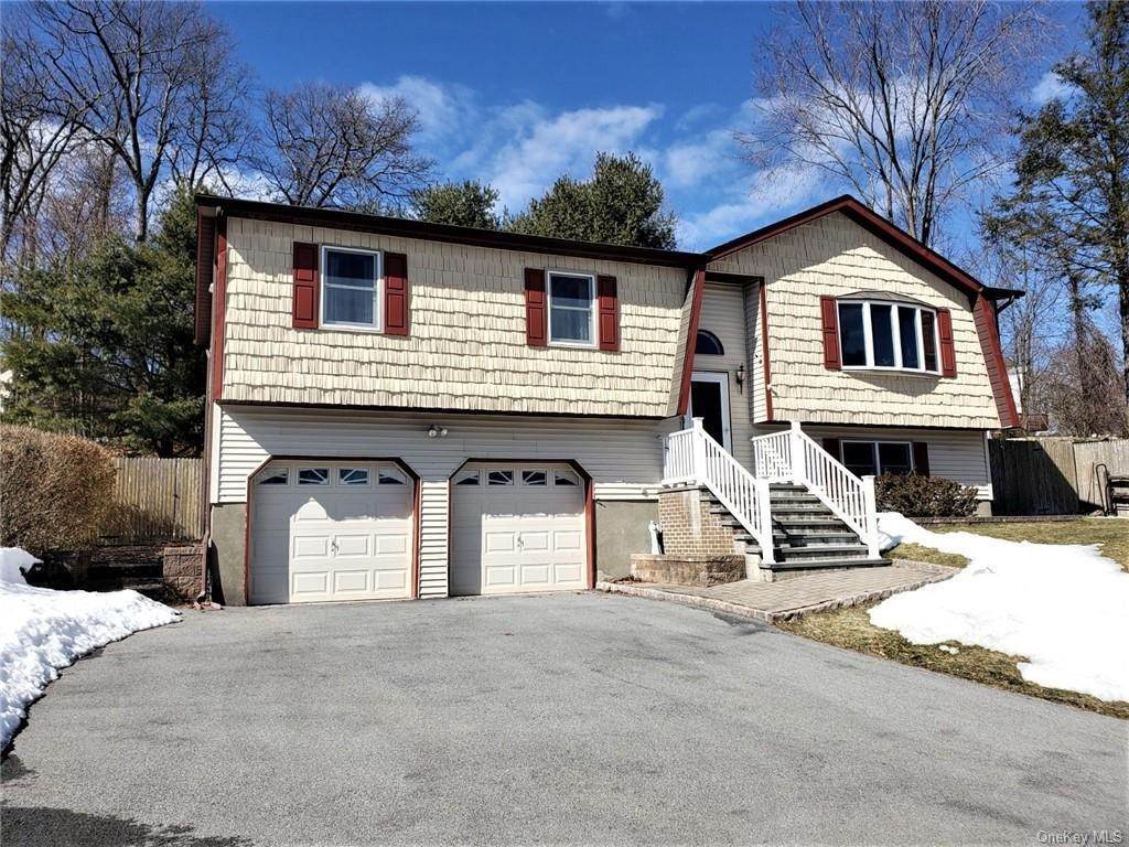 Residential for Sale at 16 Arlington Drive Harriman, New York 10926 United States