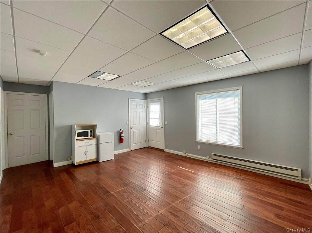 Residential Lease at 11 Clark Place # 2W Mahopac, New York 10541 United States