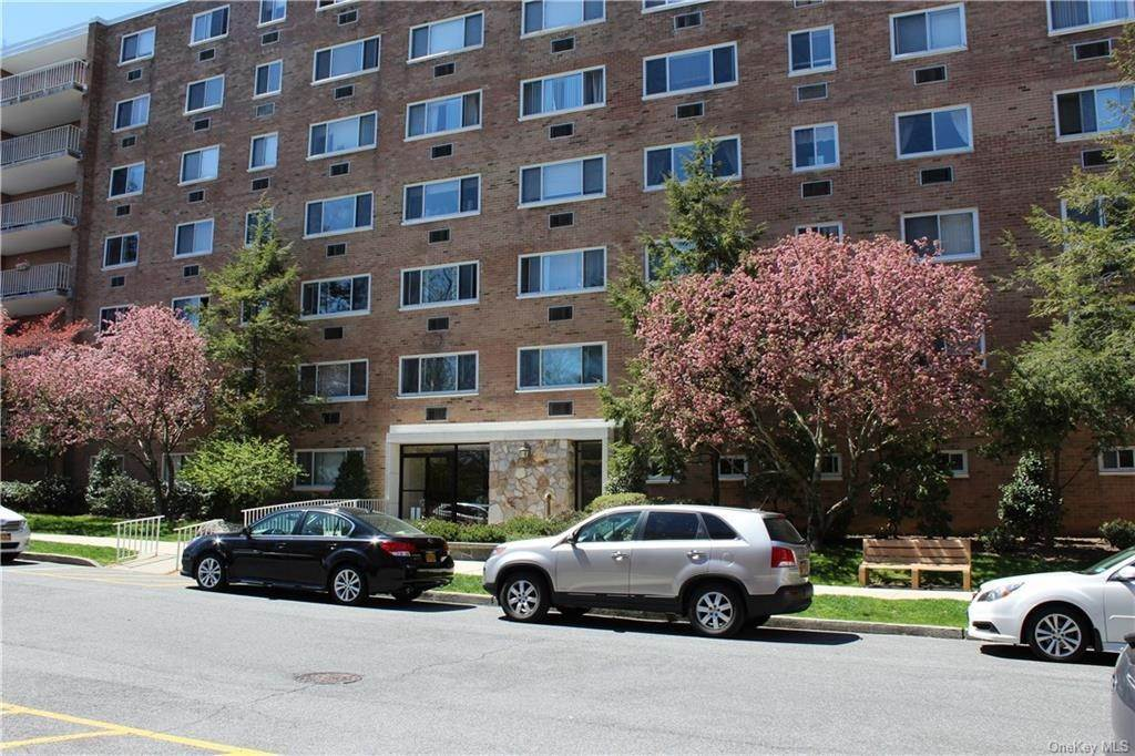 Residential Lease at 414 Benedict Avenue # 5E, Greenburgh, NY 10591 Tarrytown, New York 10591 United States
