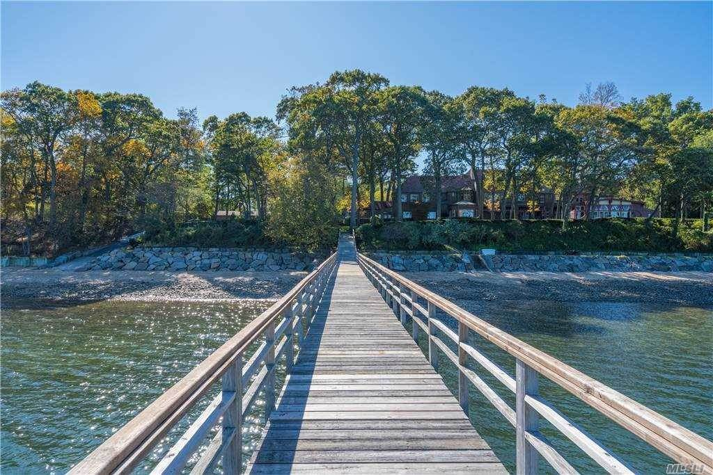 Residential for Sale at 17 Quail Hill Road Lloyd Harbor, New York 11743 United States