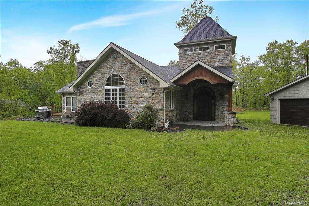 Residential for Sale at 25 Natures Trail, Chester, NY 10918 Chester, New York 10918 United States