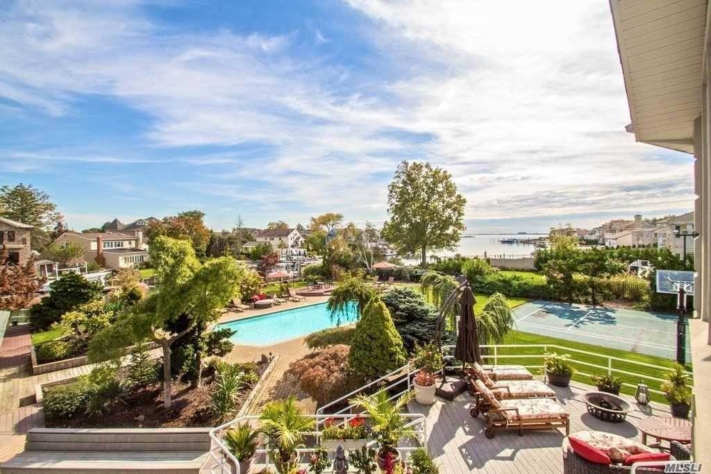 Residential for Sale at 2825 Shore Drive Merrick, New York 11566 United States