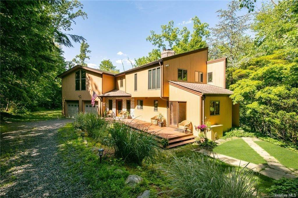 Residential for Sale at 96 Old Pascack Road, Orangetown, NY 10965 Pearl River, New York 10965 United States