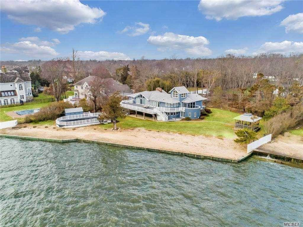 Residential for Sale at 270 Edgewater Avenue Bayport, New York 11705 United States