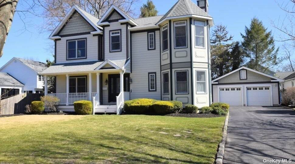 Residential for Sale at 9 Academy Lane Bellport, New York 11713 United States