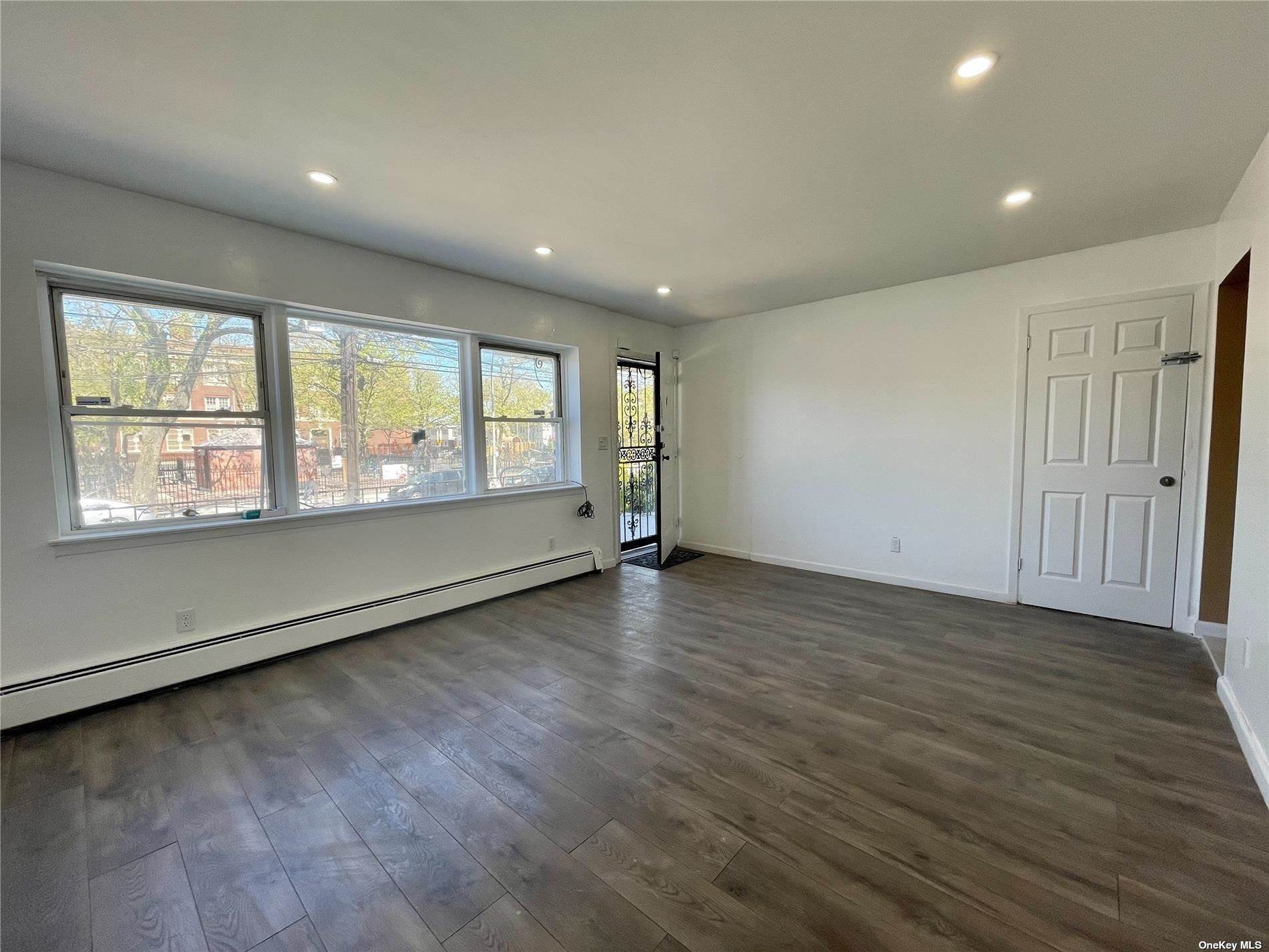 Residential Lease at 82-06 101st Avenue # 1st Fl Ozone Park, New York 11416 United States