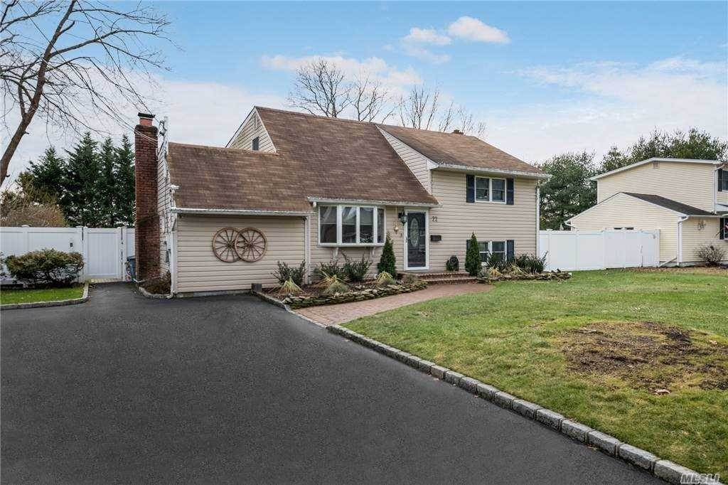 Residential for Sale at 22 Irving Place, Islip Terrace, NY 11752 Islip Terrace, New York 11752 United States