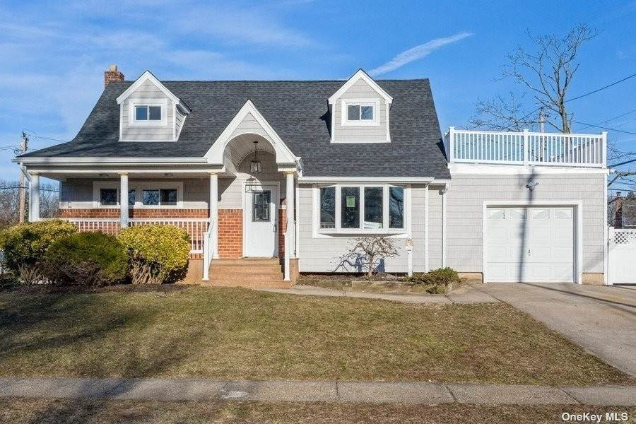 Residential for Sale at 935 W Shelley Road North Bellmore, New York 11710 United States