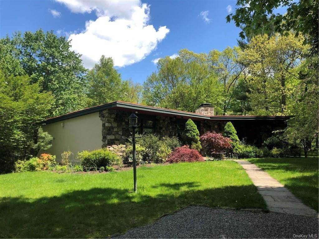 Residential for Sale at 11 Franklin Drive, Bedford, NY 10507 Bedford Hills, New York 10507 United States