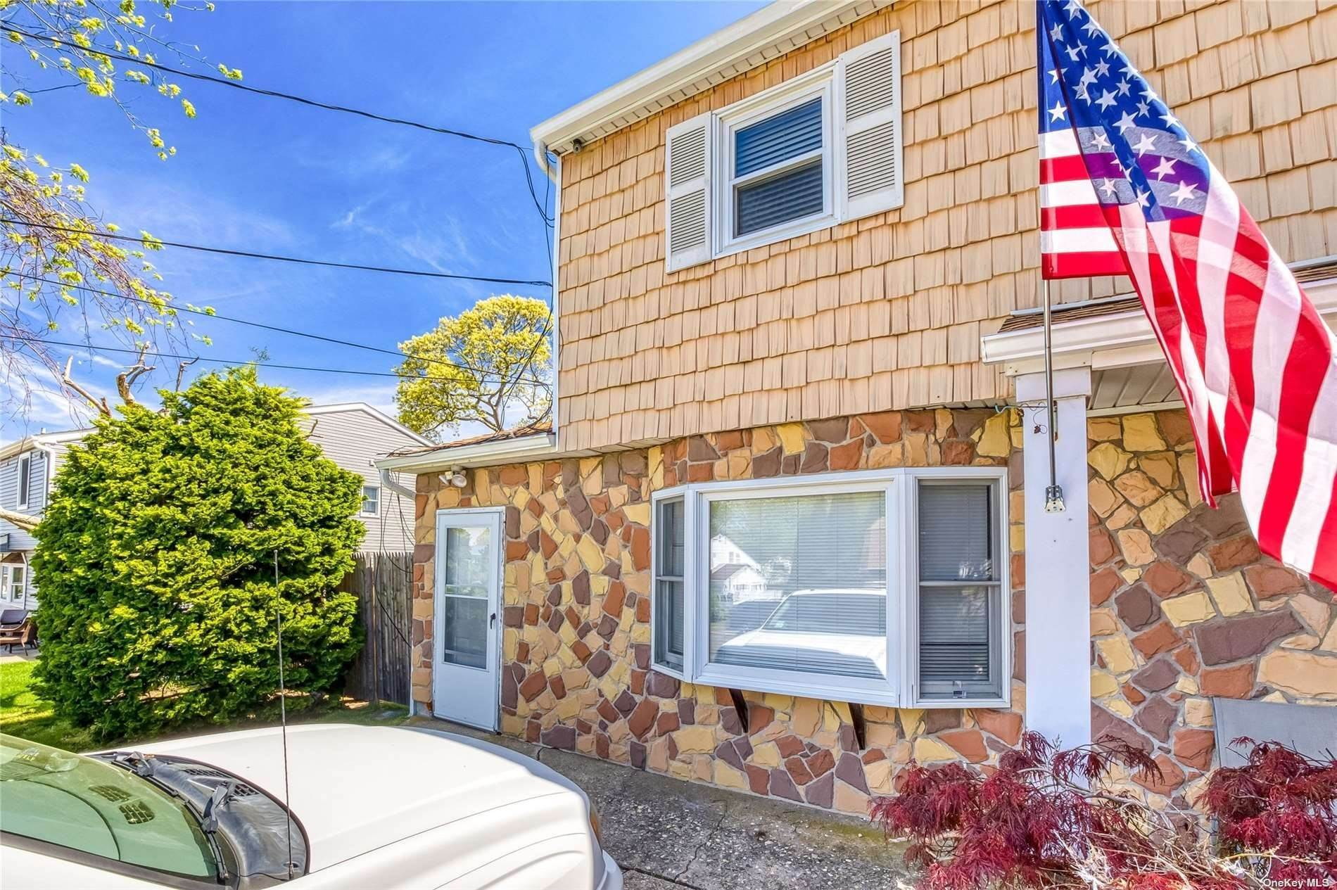 Residential Lease at 25 Eagle Street, Selden, NY 11784 Selden, New York 11784 United States