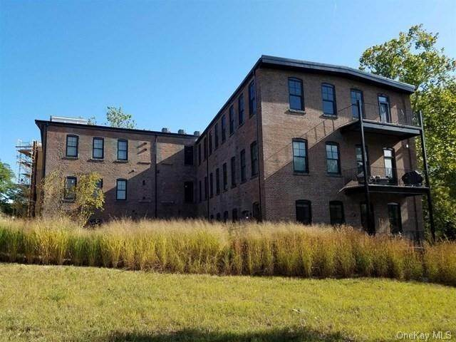 Residential for Sale at 11 Creek Drive # 302, Beacon, NY 12508 Beacon, New York 12508 United States