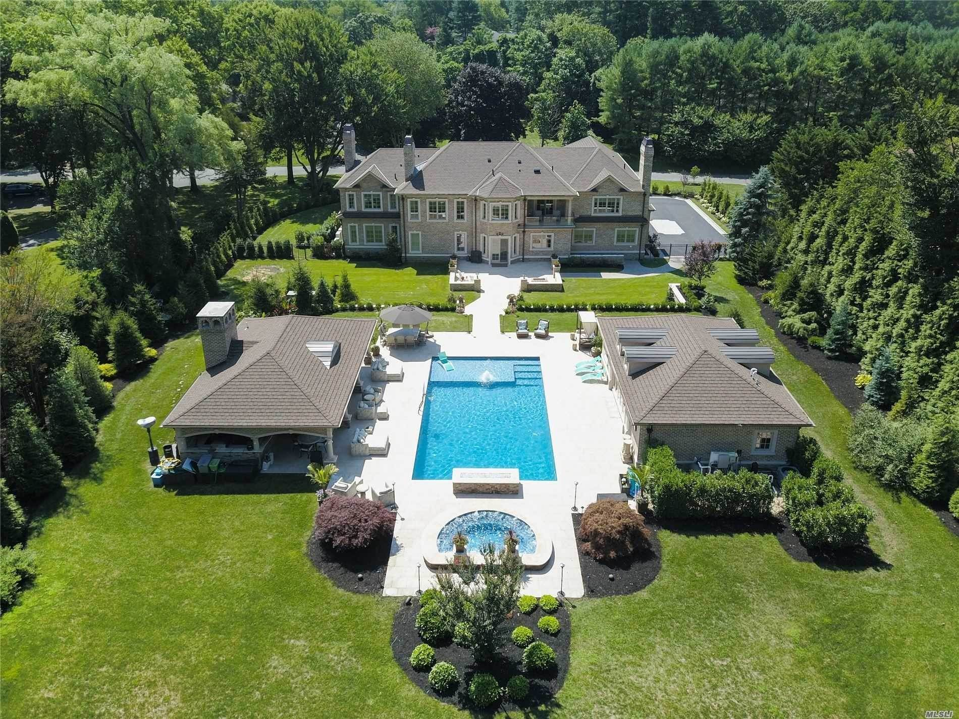 Residential for Sale at 8 Wakefield Drive, Muttontown, NY 11545 Muttontown, New York 11545 United States