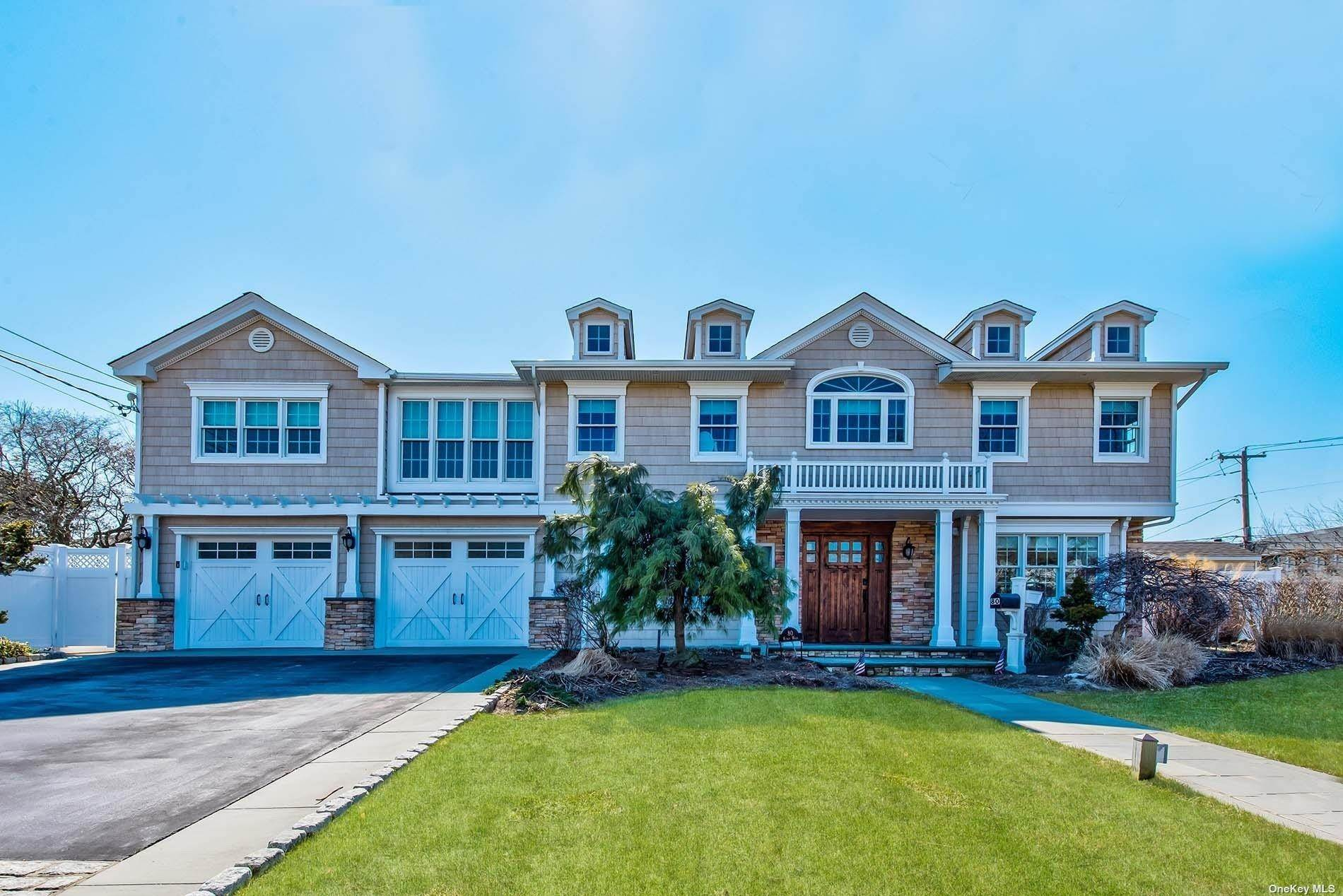 Residential for Sale at 80 Kings Walk Massapequa Park, New York 11762 United States