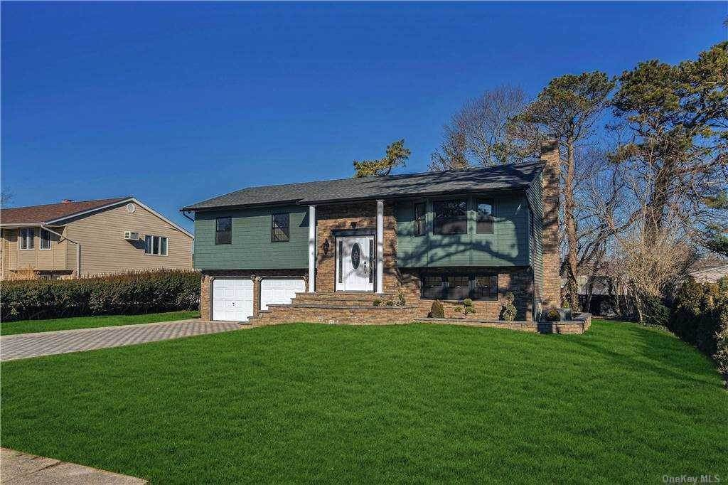 Residential for Sale at 17 Sherry Lane Hauppauge, New York 11788 United States