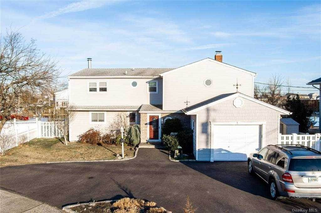 Residential Income for Sale at 30 Manor Lane Copiague, New York 11726 United States