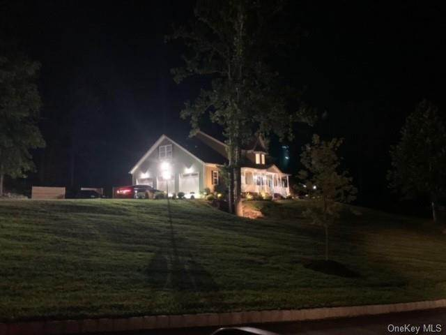 Residential for Sale at 6 Winding Lane Central Valley, New York 10917 United States