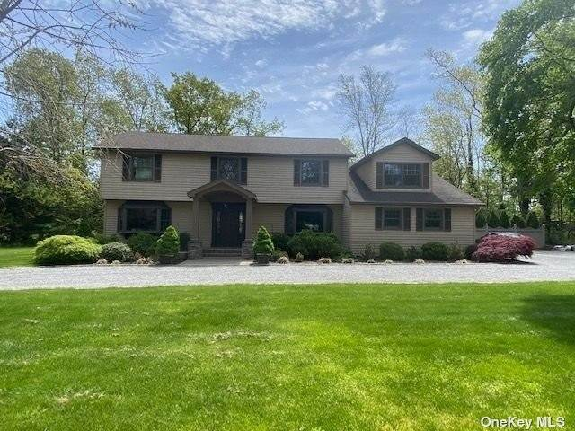 Residential for Sale at 15 Grouse Lane Huntington, New York 11743 United States
