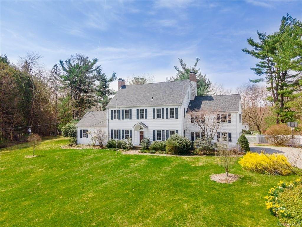 Residential for Sale at 135 Succabone Road Bedford Hills, New York 10507 United States