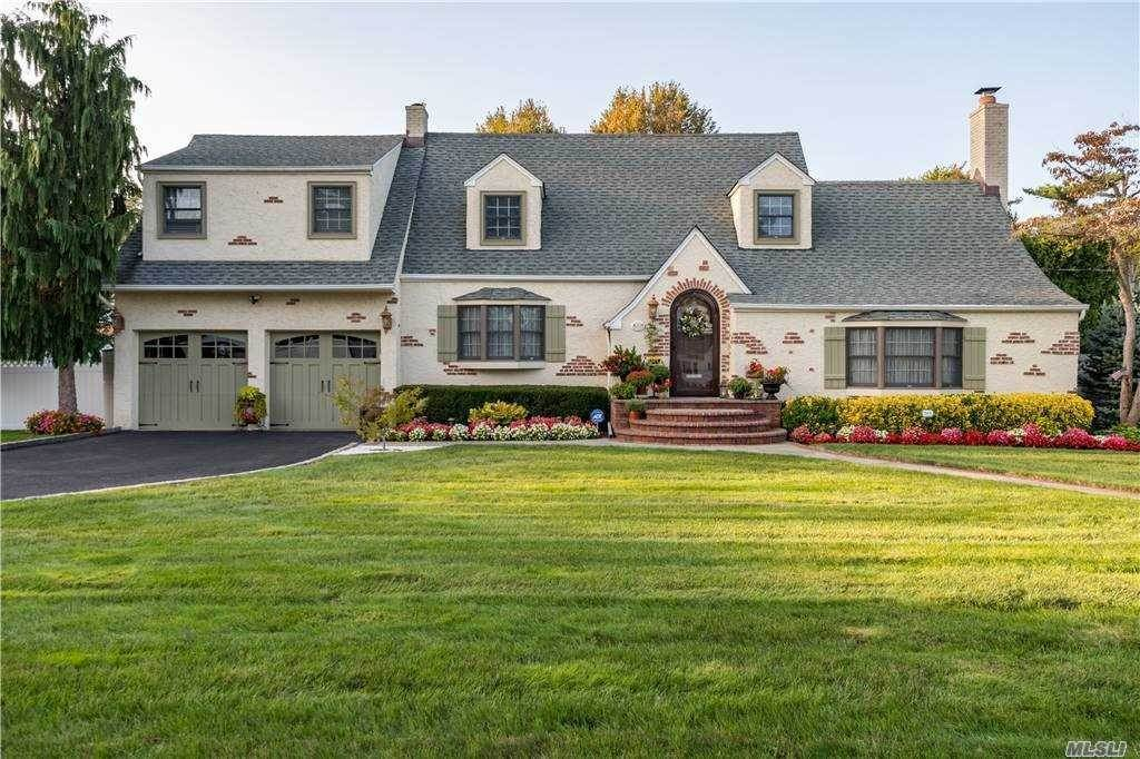 Residential for Sale at 34 Albemarle Road Westbury, New York 11590 United States