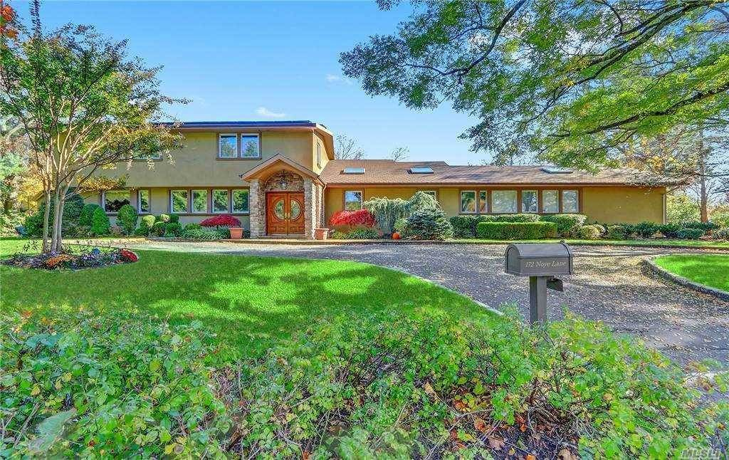 Residential for Sale at 172 Noye Lane, Woodsburgh, NY 11598 Woodsburgh, New York 11598 United States