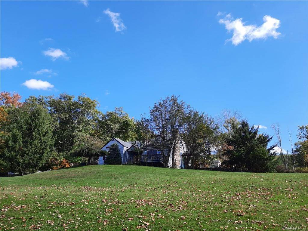 Residential for Sale at 182 Estrada Road Central Valley, New York 10917 United States