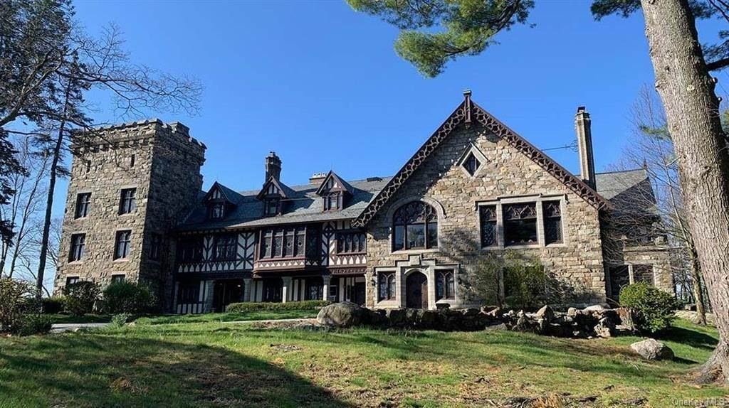 Residential for Sale at 61 Crows Nest Road Tuxedo Park, New York 10987 United States